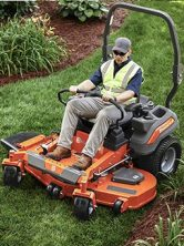 Zero Turn fűnyírók traktorok